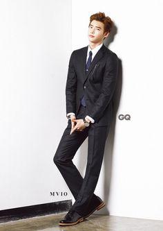 Lee Dong Wook, Lee Jong Suk và Park Hae Jin đốn tim fan với những bộ ảnh vô cùng long lanh.