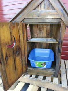 Rustic reclaimed distressed pallet wood outhouse by DeansProjects