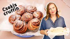 A cruffin a croissant és a muffin házasításából született péksütemény. Ezzel a kakaós töltelékekkel tökéletes a suliba tízóraira vagy a kávé mellé napindítónak. #annuskám #cruffin #süti Croissant, Muffin, Breakfast, Youtube, Desserts, Food, Morning Coffee, Tailgate Desserts, Dessert