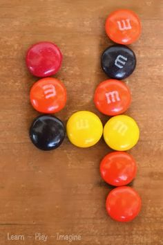 Forming numbers with M&M's - Hands on learning for preschool