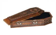 Side view of Draculas Coffin