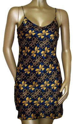 Amazon UNIVERSITY OF MICHIGAN GO BLUE 100 Silk Womens Nightgown