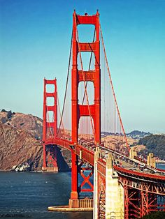 San Francisco Historic Golden Gate Bridge saw it in the America And Canada, North America, Transportation Engineering, Sunny California, Beautiful Places, Amazing Places, I Want To Travel, Golden Gate Bridge, Mother Nature