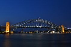 The Harbour Bridge is one of Sydney's free and fabulous tourist attractions. Learn more about this iconic Aussie structure here.
