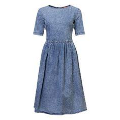 Платье-миди джинсовое с короткими рукавами и присборенной юбкой, Befree, где купить: befree