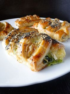 Spinach & brie puff pastries, oh goodness!