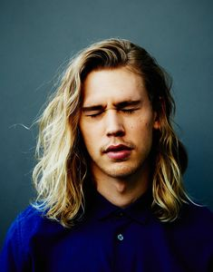 Risultati immagini per austin butler laugh Austin Butler, The Carrie Diaries, Hot Boys, American Actors, Gorgeous Men, Beautiful People, Cool Girl, Curly Hair Styles, Hair Beauty