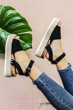 Wedges Shoes For Women High Heels Sandals Summer Shoes 2019 Flip Flop Chaussures Femme Platform Sandals 2019 Plus SizeFeature: Department Name: Adult Item Type: Sandals Upper Material: PU Size:Chinese Color:Black. Womens Summer Shoes, Womens High Heels, Frauen In High Heels, Open Toe Sandals, Tan Sandals, Women Sandals, Summer Sandals, Trendy Sandals, Sandal Wedges