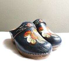 70's Swedish Painted Leather Clogs Sz 7