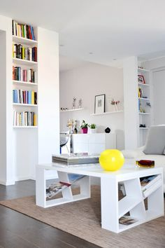 www.mammadisordine.blogspot.it Corner Desk, Houses, Interiors, Interior Design, Studio, Furniture, Home Decor, Style, Diner Kitchen