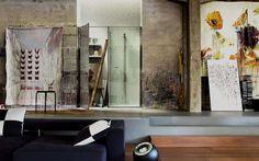 Twin collection by Vismaravetro #spazioutile #doccia Accanto alla cabina #doccia, un vero e proprio contenitore da utilizzare per riporre oggetti o collocare elettrodomestici.  - www.gasparinionline.it  #casa #bagno