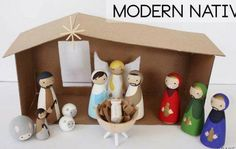 Nativity arts and crafts for kids to make. Best nativity crafts ideas using craft sticks, wooden doll pegs, paper, clay, clay pots. Crochet.  Nativity crafts for adults. Make Christmas nativity art.