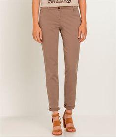 Pantalon femme chino couleur TAUPE Grain De Malice, Couleur Taupe,  Nouvelles Tendances, Nouveau 991074ac1ed