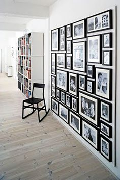 I'm still gathering ideas to complete a wall with black and white photos from years past, this is great!