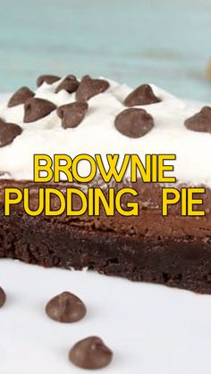 Brownie Pudding Pie is a decadent and delicious dessert recipe for a family dinner or celebration. An easy dessert that anyone can make! #chocolate #brownies #chocolatepudding #easydessert #dessertrecipe #pie