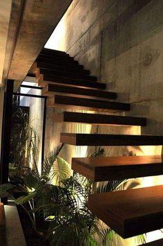 escaleras Planting under stairs - Casa Marielitas by Estudio Dayan Arquitectos Architecture Renovation, Futuristic Architecture, Architecture Design, Stairs Architecture, Home Stairs Design, Interior Stairs, House Design, Stair Design, Interior Paint