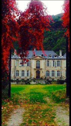 Rew Elliott: Chateau: Chateau de Gudanes in Fall