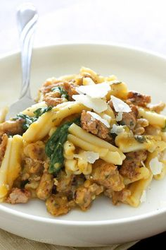 Pasta with Butternut Squash Sauce, Spicy Sausage and Baby Spinach | Skinnytaste