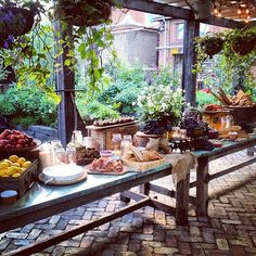 The Grazing Table: Wedding Eats Get Super Chill- I'd love to build a table like this one!