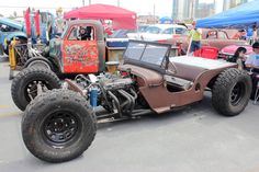 big_ratty_jeep_by_drivenbychaos-d5zw1sb.jpg