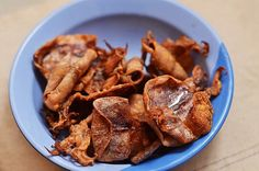 Fried Dried Squid Snack Recipes, Snacks, Food Cravings, Fries, Meat, Snack Mix Recipes, Appetizer Recipes, Treats, Finger Foods
