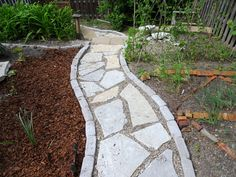 Pea Gravel Patio For Traditional Patio Floor Design: Exciting Stone Walkway With - Kies Terrasse - Garten Deko Pea Gravel Patio, Gravel Garden, Gravel Walkway, Backyard Walkway, Terrace Garden, Yard Landscaping, Garden Paths, Landscaping Ideas, Patio Ideas Rock