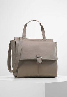 172 Best Zalando ♥ Handbags images  ece414cf36cc3