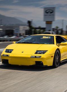 Lamborghini Diablo Maserati, Bugatti, Ferrari, Agriculture Tractor, Automotive Manufacturers, Lamborghini Diablo, Koenigsegg, Range Rover, Rolls Royce