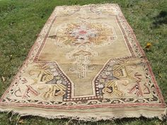 Beige Carpet, Turkish Anatolian Traditional Design Rug, 4X8 Feet Genuine Wool #Ttraditional