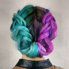 Half colored hair, half and half hair, half dyed hair, split dyed hair Half Colored Hair, Half And Half Hair, Half Updo, Colored Braids, Hair Color 2016, Bold Hair Color, Bright Hair Colors, Bright Colored Hair, Hair Colours