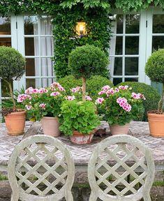 Instagram Beach Porch, Horsham, Outdoor Spaces, Outdoor Decor, Garden Seating, Garden Planters, Potted Garden, Summer Evening, Horticulture