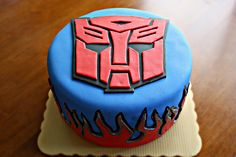 Art of Dessert: Tutorial: Transformers Autobot Cake