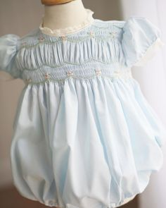 Smocked Baby Clothes, Lace Dress, Ruffle Blouse, Sweetheart Dress, Heirloom Sewing, Children Clothing, Kids Fashion, Fashion Design, Vintage Children