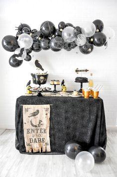 Awesome Party Ideas Boneyard Skull Halloween Party by Kara Allen Halloween School Treats, Adult Halloween Party, Halloween Party Supplies, Halloween Birthday, Halloween Party Decor, Holidays Halloween, Easy Halloween, Halloween Themes, Halloween Backdrop