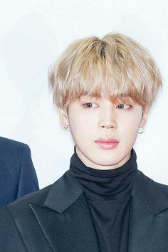 #Jimin #BTS 180110 Golden Disc Awards Red Carpet ♡♡♡