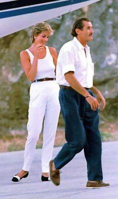 24th February, 1995. Princess Diana enjoys her winter holiday at St Barts