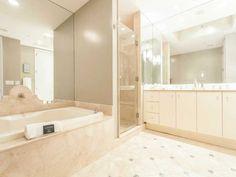 Master Bathroom | Continuum South #2104 | 100 S POINTE DR, MIAMI BEACH, FL 33139 | Jeff Miller Group