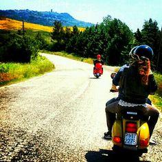 Valdera in Vespa: tour tra le Colline Pisane - #pisa #TRAVELSTALES