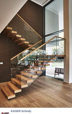 Top 10 Unique Modern Staircase Design Ideas for Your Dream House Most people dream of a big house with two or more floors. SelengkapnyaTop 10 Unique Modern Staircase Design Ideas for Your Dream House design modern staircases Home Stairs Design, Railing Design, Interior Stairs, Modern House Design, Stair Design, Railing Ideas, Staircase Design Modern, Dream House Design, Modern Staircase Railing