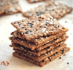 Crispy homemade low carb keto seed crackers recipe that's also dairy free, gluten free, grain free, nut free, paleo and vegan. Low Carb Crackers, Gluten Free Crackers, Dairy Free Salads, Dairy Free Recipes, Keto Recipes, Healthy Recipes, Nut Free Snacks, Keto Snacks, Healthy Snacks