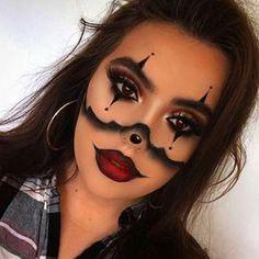 Maquillage Halloween Clown, Halloween Makeup Clown, Halloween Eyes, Halloween Looks, Natural Lipstick, Matte Lipstick, Cute Clown Makeup, Jester Makeup, No Foundation Makeup