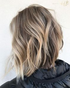 Ashy & Angled Blonde Bob  created by #bofbeducator @audreyinskeep _______________________________________________ FORMULA Highlight: Solaris  Shadow root: @redken5thave Shades EQ 07P Gloss: @redken5thave Shades EQ 09N + 09T