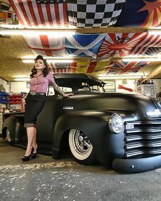 old trucks chevy Classic Pickup Trucks, Chevy Pickup Trucks, Chevy Pickups, 4x4 Trucks, Custom Trucks, Cool Trucks, Lifted Trucks, Chevy Stepside, Chevy 4x4
