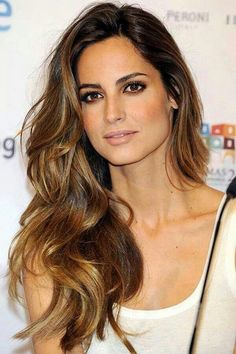 Gorgeous brunette celebrity hair. Keep your hair looking beautiful with Emerald Forest shampoo & conditioner, made with Sapayul oil for healthy beautiful hair. shop emeraldforestusa.com
