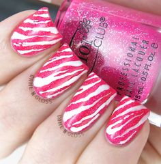 Simple hot pink animal print nail design for summer (using Color Club) - IG @GameNGloss