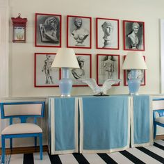Love the the red frames! Bright, cherry red frames and a bold, black and white striped rug make this art deco foyer pop. Chinoiserie Elegante, Entry Way Design, Eclectic Living Room, Striped Rug, Blue Rooms, Eclectic Style, Eclectic Decor, Table Covers, Stripes Design
