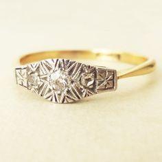 Art Deco Tribal Design Diamond Trilogy Ring, Vintage 18k Gold, Platinum and Rose Cut Diamond Engagement Ring Approx. Size US 8.25