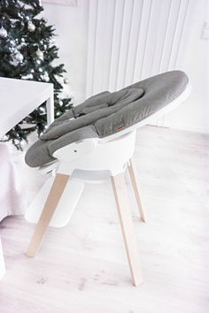 Bring Baby to the Family Table from Day 1 with Stokke Steps !