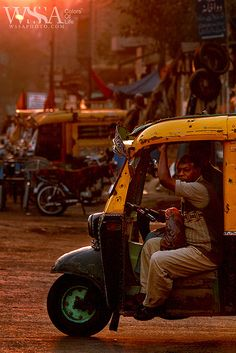 Taking a taxi in Karachi, Pakistan (photo by ZaiGHaM Islam) SHARE YOUR TRAVEL EXPERIENCE ON www.thetripmill.com! Be a #tripmiller!