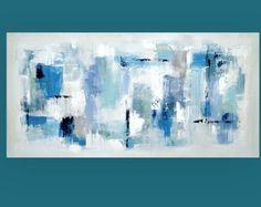 Esto es de una pintura de tipo acrílico artista Birenbaum Ora.  Super gran tamaño (40 x 60 x 2), esta pintura hace una declaración. Hermoso super suaves pastel tonos aqua, azul, verde espuma de mar, lavanda y pops de un coral pálido son acentuados con topo, blanco brillante, plata metalizado y gris polvoriento. Esta pintura tiene textura hermosa a lo que realmente da la profundidad de la pieza. Puede mostrarse en cualquier dirección.  Título: días de lluvia Dimensiones: 40 x 60 x 2 MEDIO…